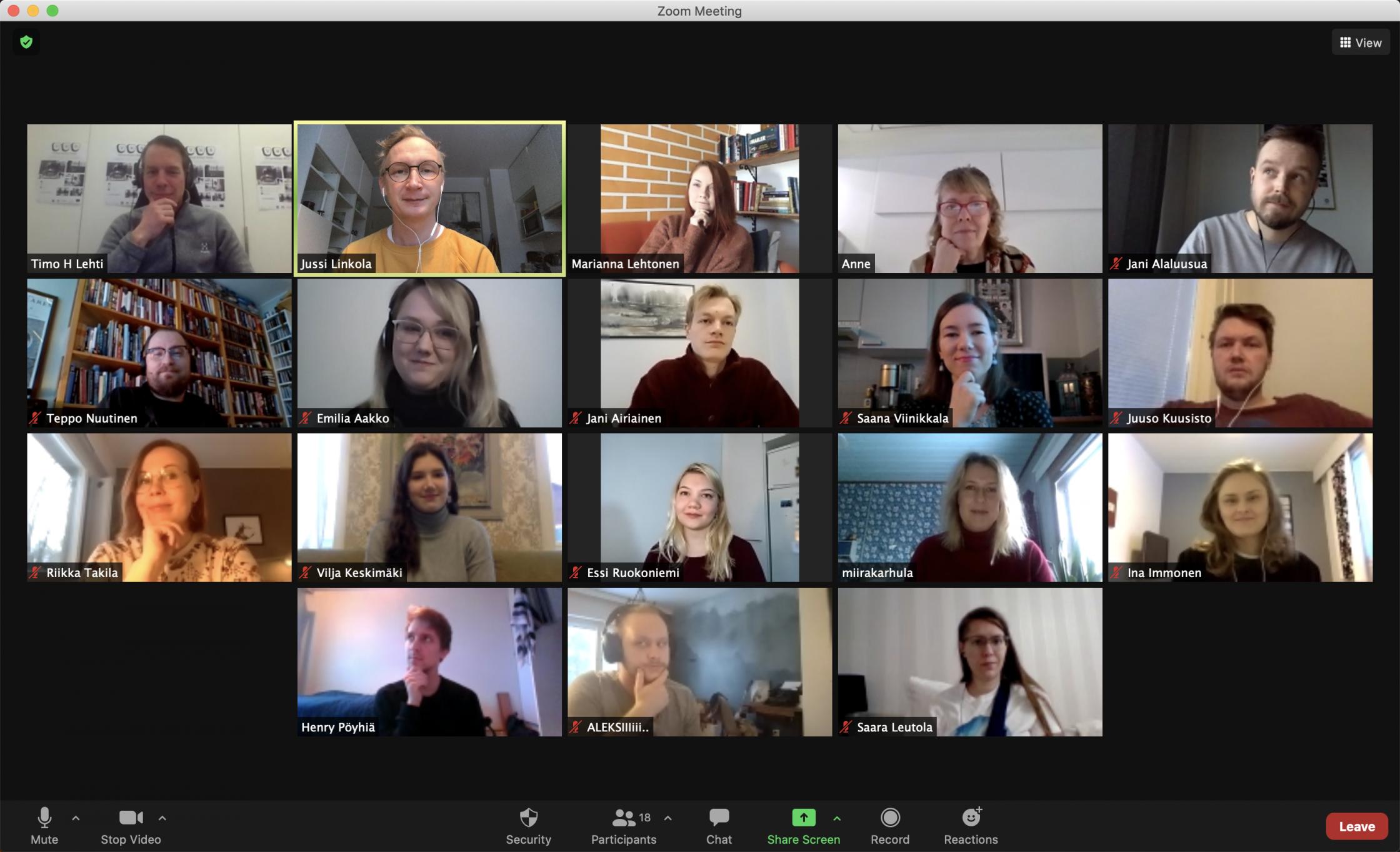 Virtual Writers' Room -osallistujia Zoom-kokouksessa.